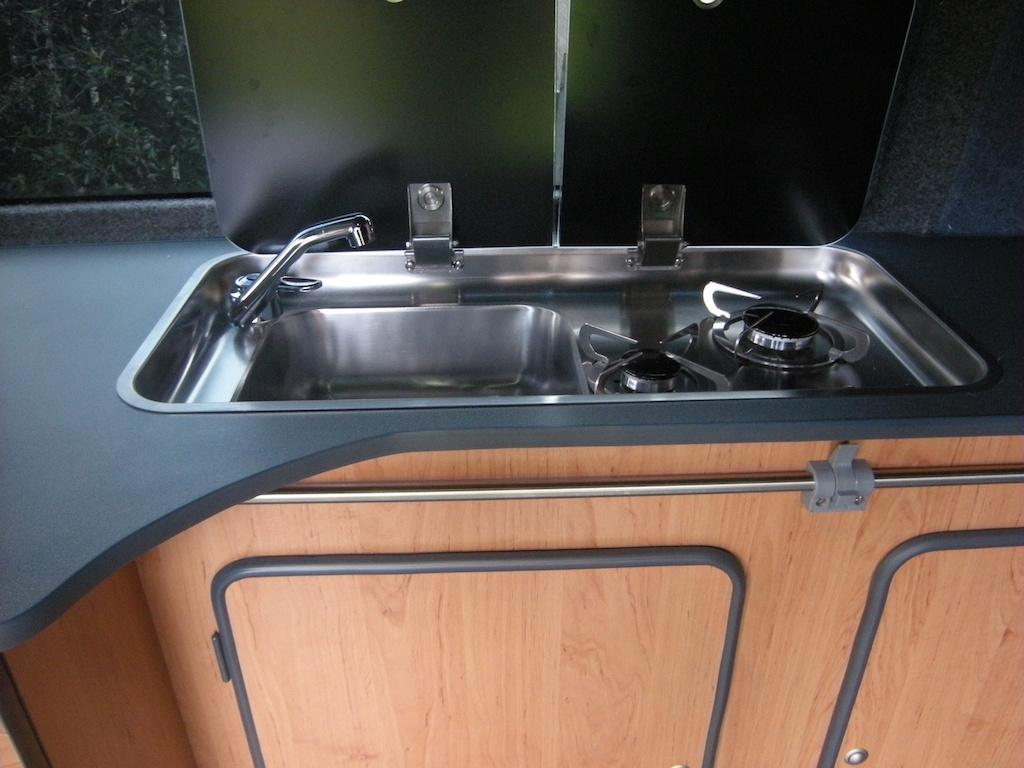Smev sink T4