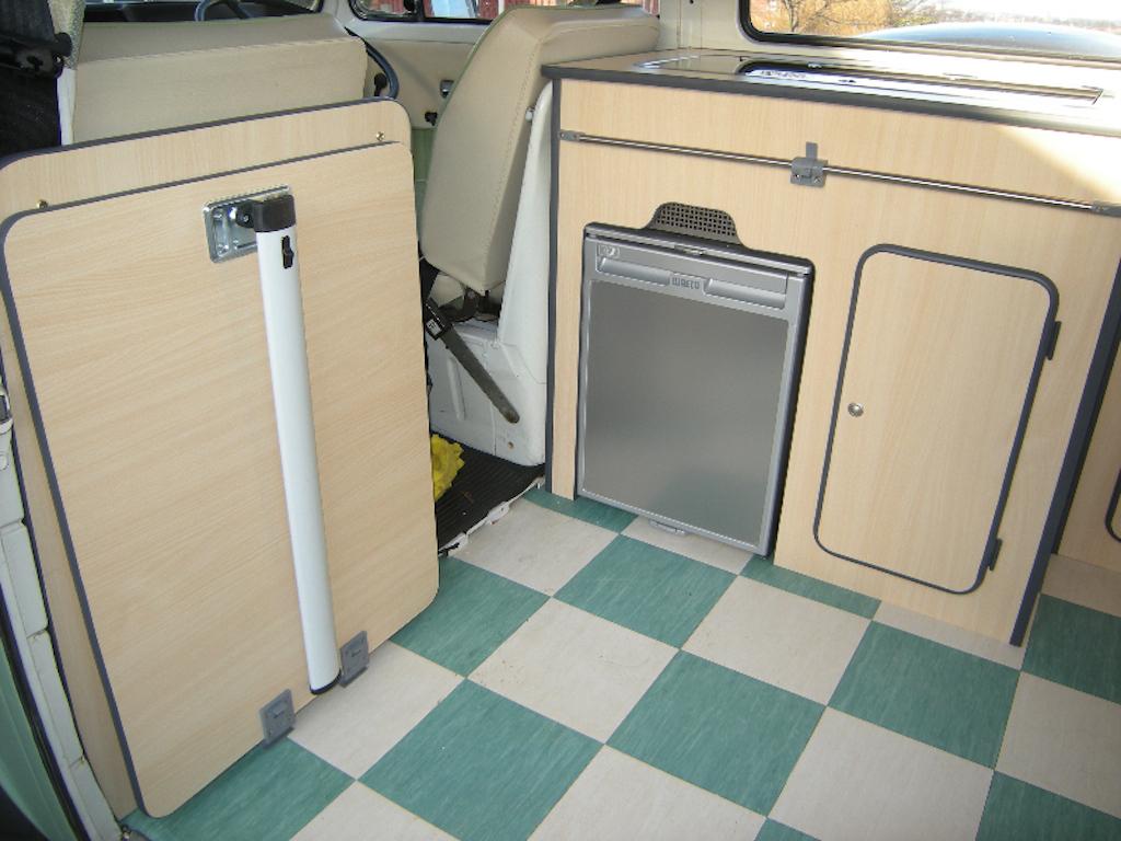 VW T2 sliding rail leg table
